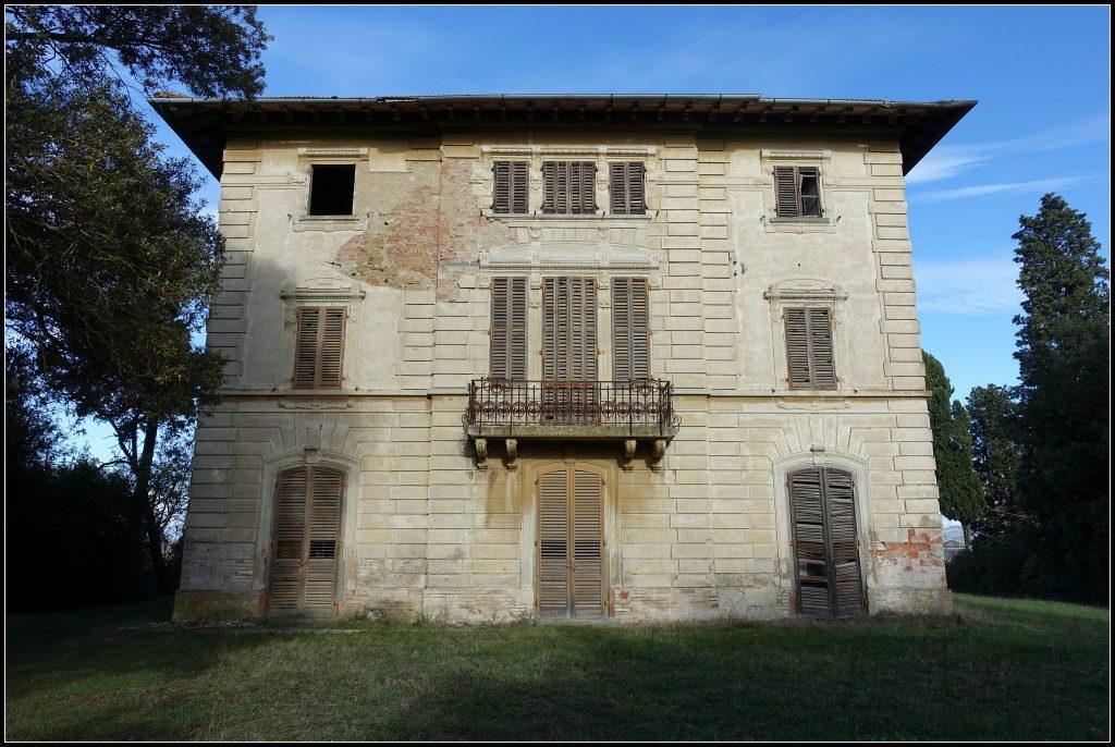 Villa-dei-Cipressi-Castelfiorentino-loc.-Varna-Ph.-J.-Dellagiacoma-ITALIA-LIBERTY-14-1024x686