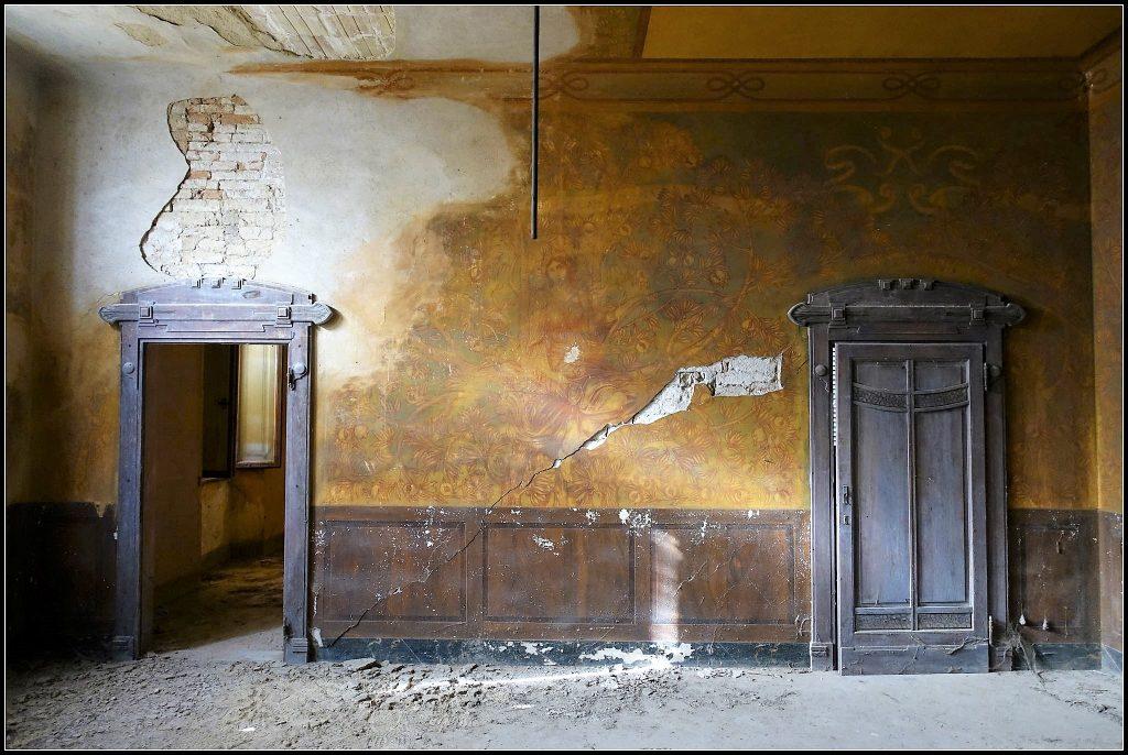 Villa-dei-Cipressi-Castelfiorentino-loc.-Varna-Ph.-J.-Dellagiacoma-ITALIA-LIBERTY-19